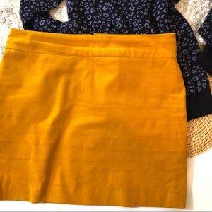 💕 BANANA REPUBLIC- Mustard Yellow Skirt
